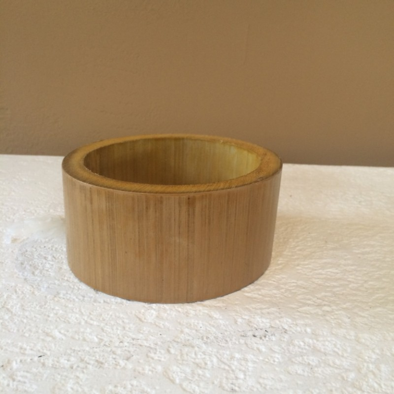 Bamboo Coconut Holder Natural Varnished Coconut